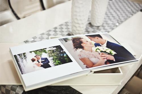 Album photo de mariage et livre de mariage blanc et classqiue